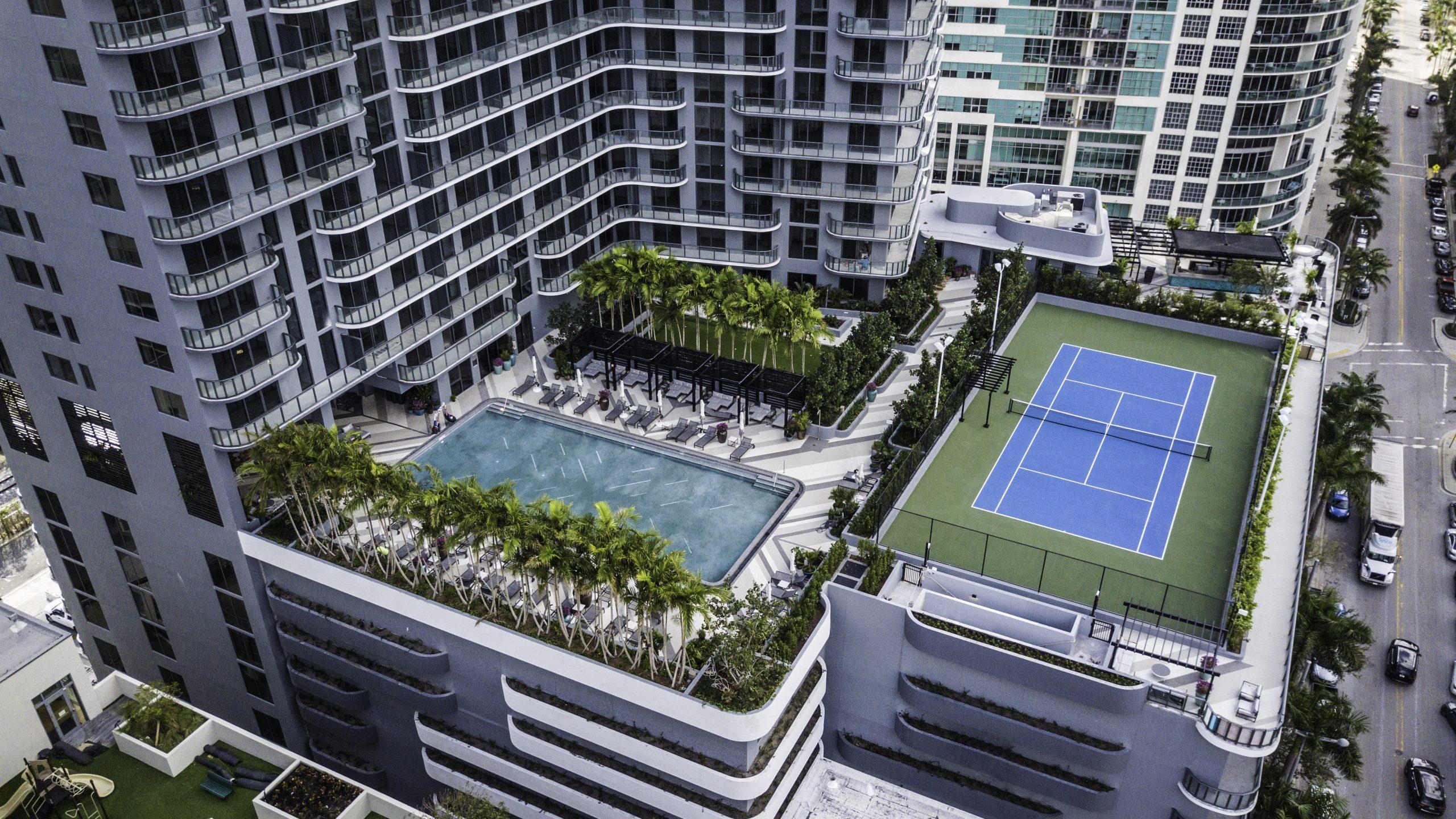 Hyde Midtown Pool Deck Aerial